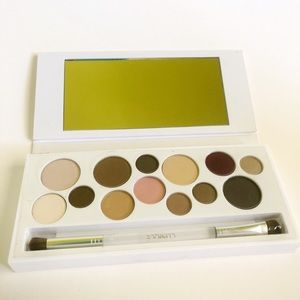 Clinique All About Shadow palette - discontinued